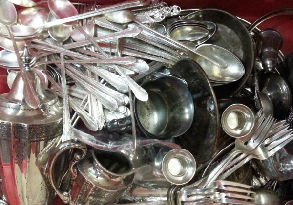 HOW MUCH IS STERLING SILVERWARE WORTH